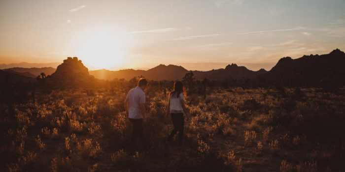 IRENA + RYAN // JOSHUA TREE ENGAGEMENT PHOTOS