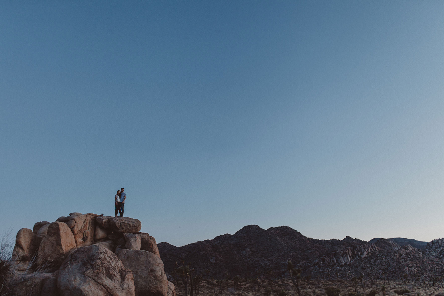 irena-ryan-joshuatree-engagement-photos-california-photographer057