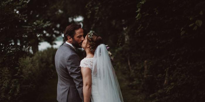 BIRTE + HAYO // A SUMMER COUNTRY WEDDING