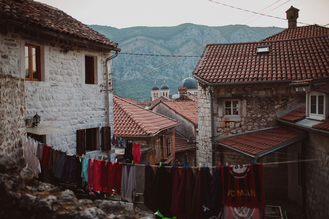 irena-ryan-destination-wedding-photographer-montenegro-kotor-0003