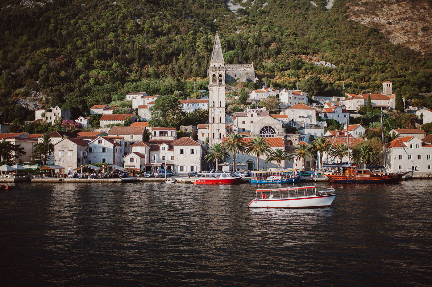 irena-ryan-destination-wedding-photographer-montenegro-kotor-0010
