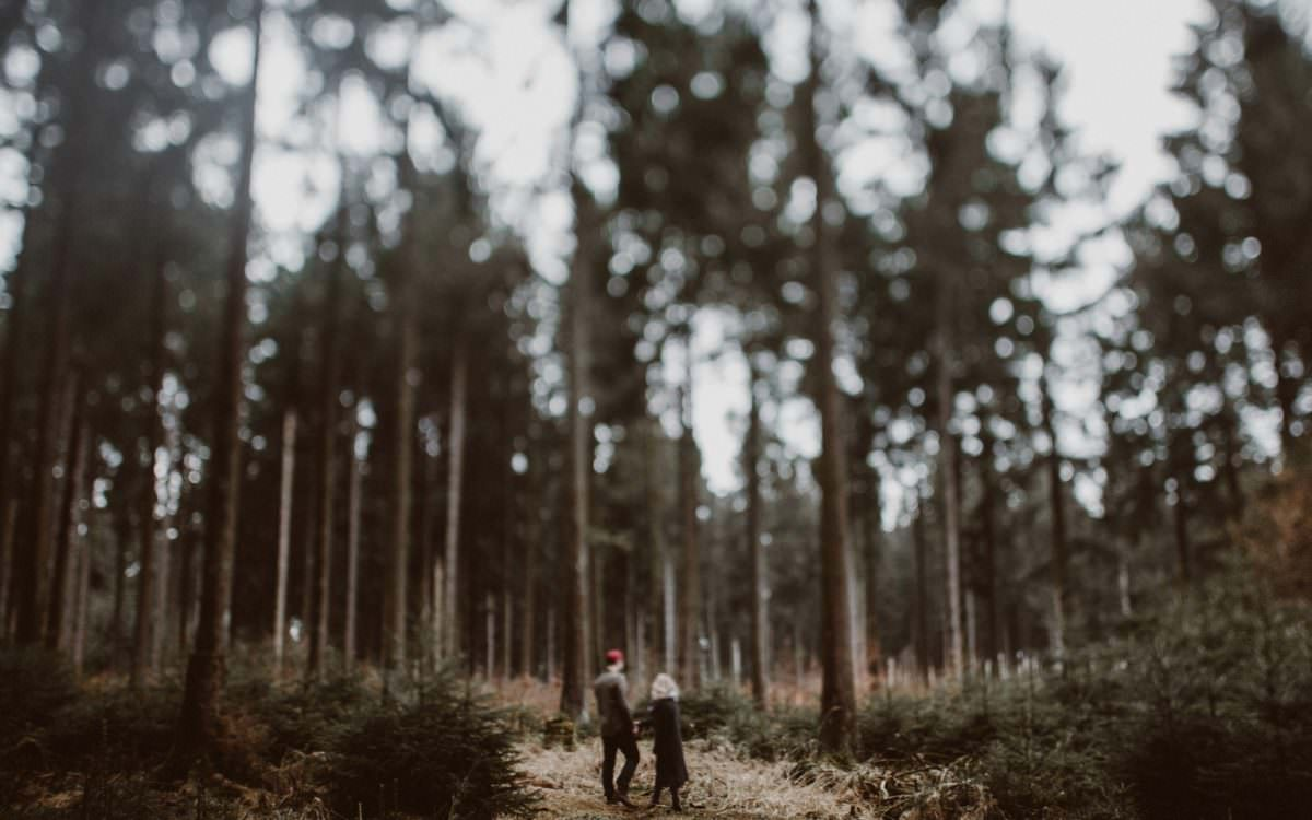 TAMI + MANUEL // A WALK IN THE FOREST
