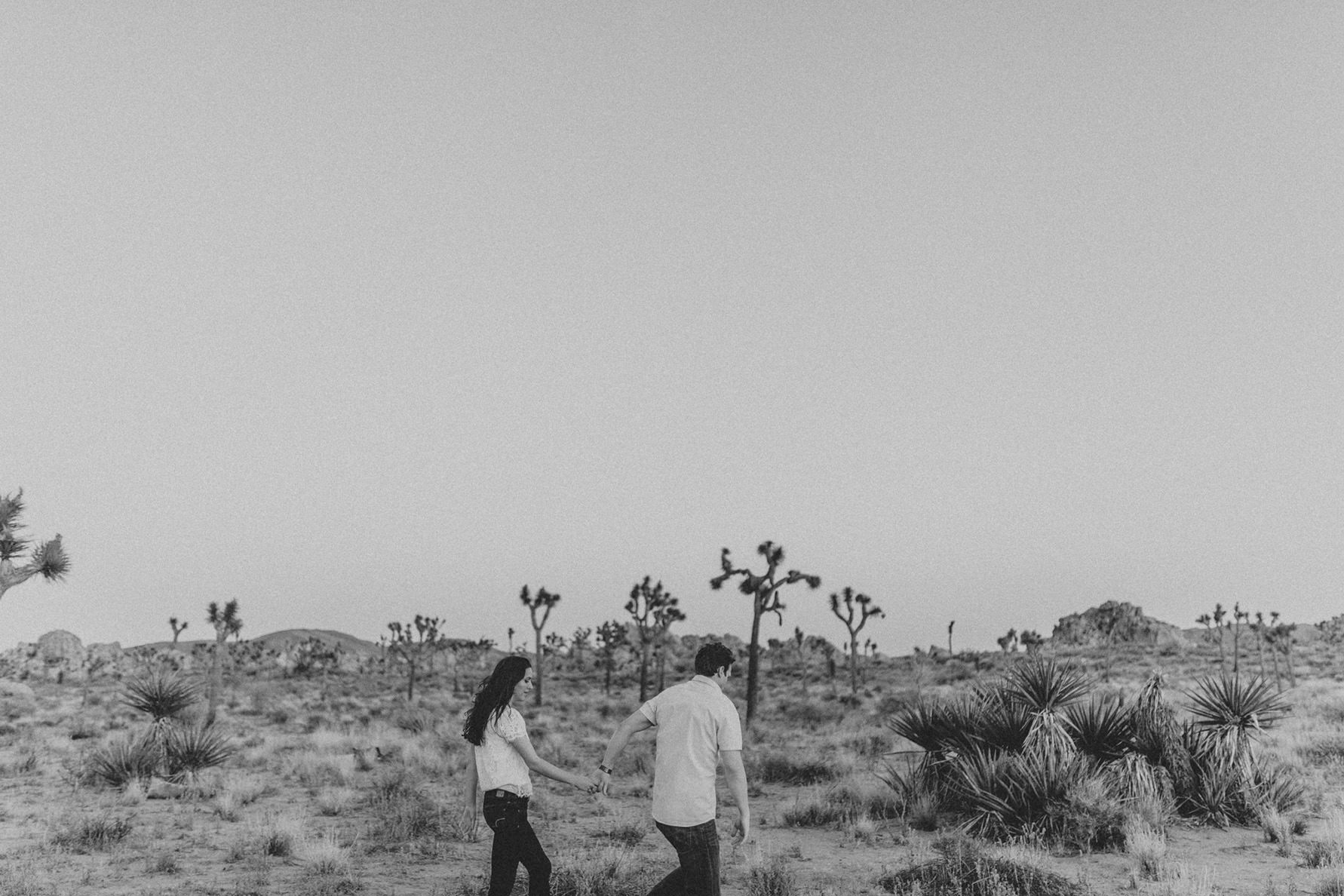 irena-ryan-joshuatree-engagement-photos-california-photographer053