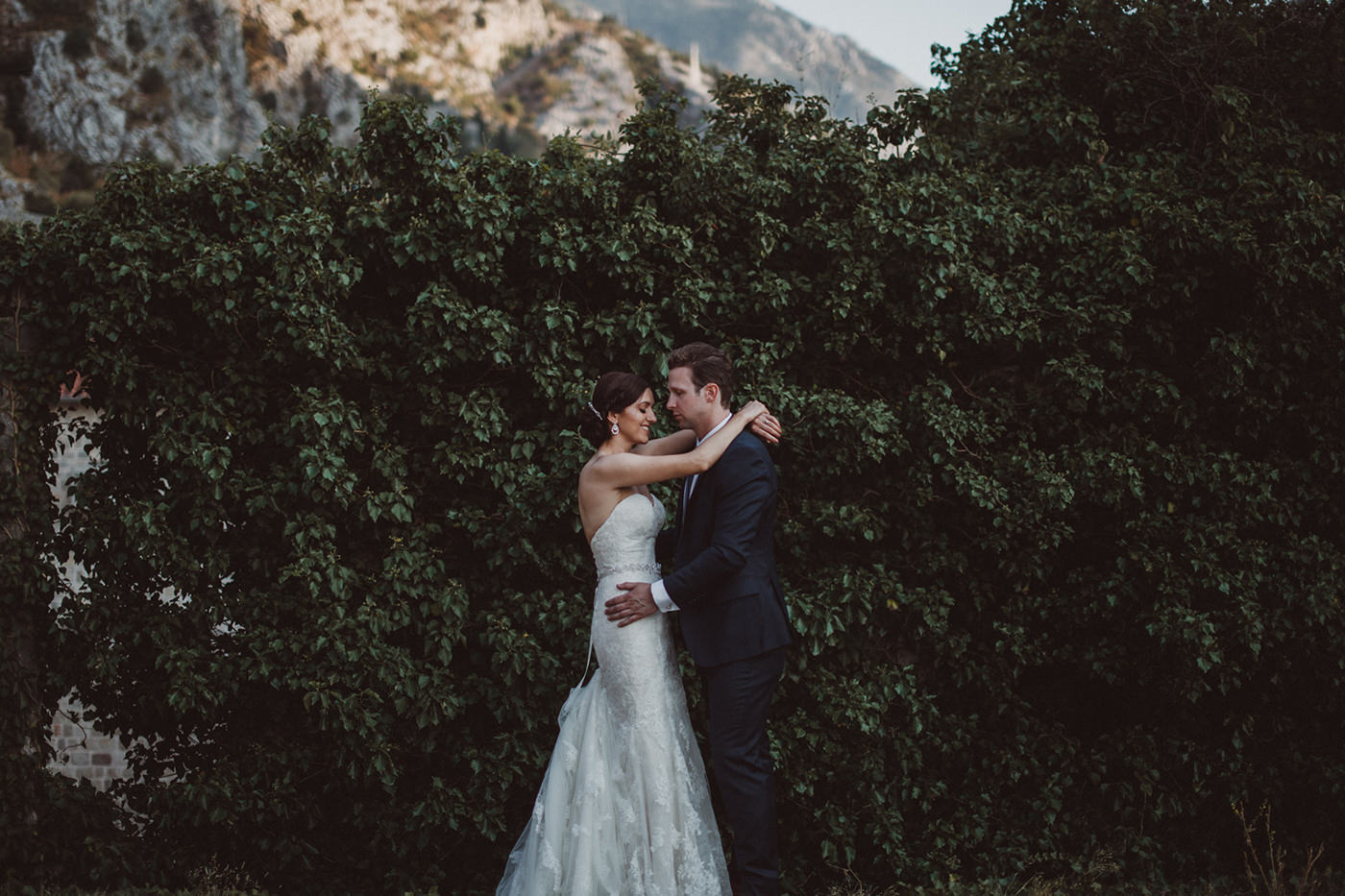 irena-ryan-destination-wedding-photographer-montenegro-kotor-0133