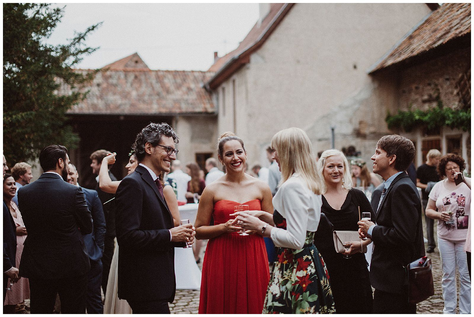 maria-andi-summer-barn-wedding-vineyards-germany
