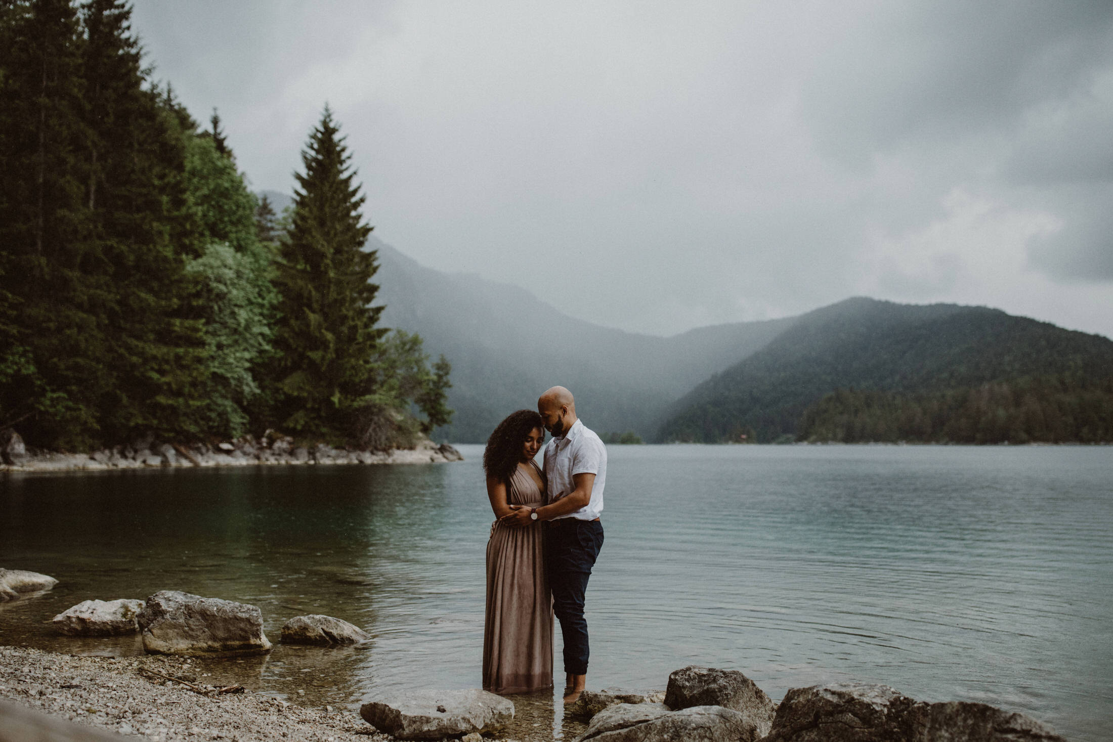 breanna-and-justin-engagement-photos-eibsee-garmisch-partenkirchen-0034